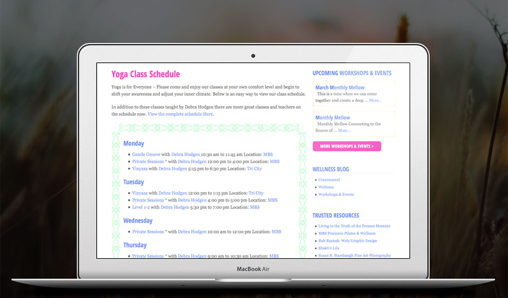 Design of the web page with the customized class schedule weekly calendar